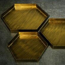 Bandeja hexagonal de oro Vintage, placa de hierro de Metal, bandeja geométrica antigua para aperitivos, plato cosmético, decoración del hogar, accesorios de fotografía