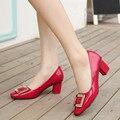 2017 Primavera Zapatos Conciso Oficina Señoras Talón Med Talón Grueso Dedo Del Pie cuadrado Zapatos Formales de Las Mujeres Negro Bombas de Mujer Rojo De La Boda zapatos