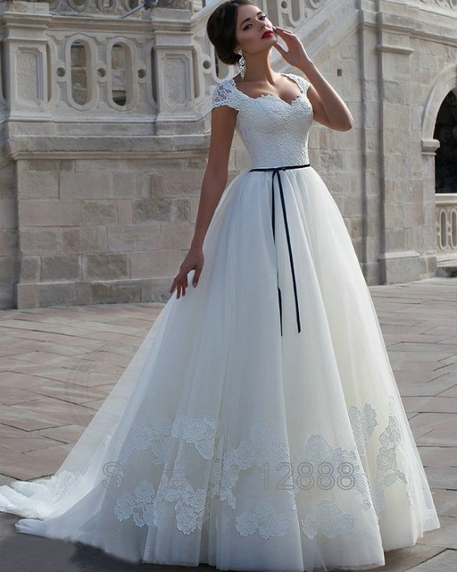 Fancy Short Sleeved Lace Wedding Dress Image Collection - Wedding ...