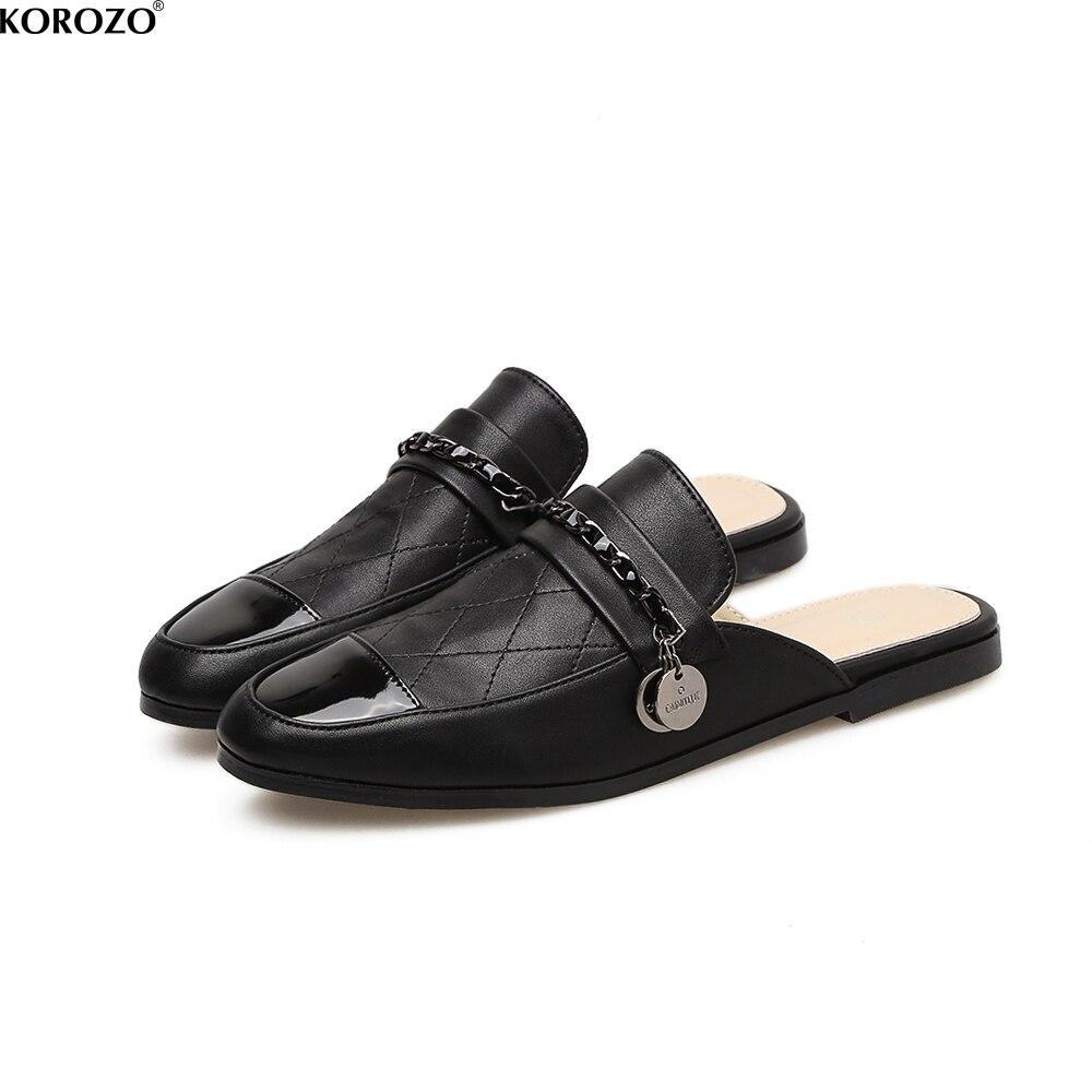 Для женщин сезон: весна–лето Цепи Шлёпанцы модные плоская подошва слипоны Направляющие вышивать ромба Обувь спинки лоферы