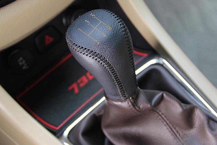 Ingyenes házhozszállítás 2PCS / SET fekete bőr fogaskerekes - Autó belső kiegészítők - Fénykép 6