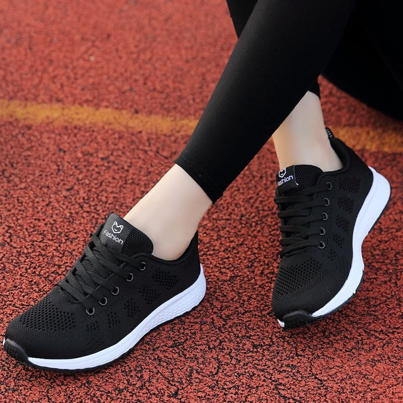 Fast Delivery Women Casual Shoes Fashion Breathable Walking Mesh Lace Up Flat Shoes Sneakers Women 2019 Tenis Feminino 35-40