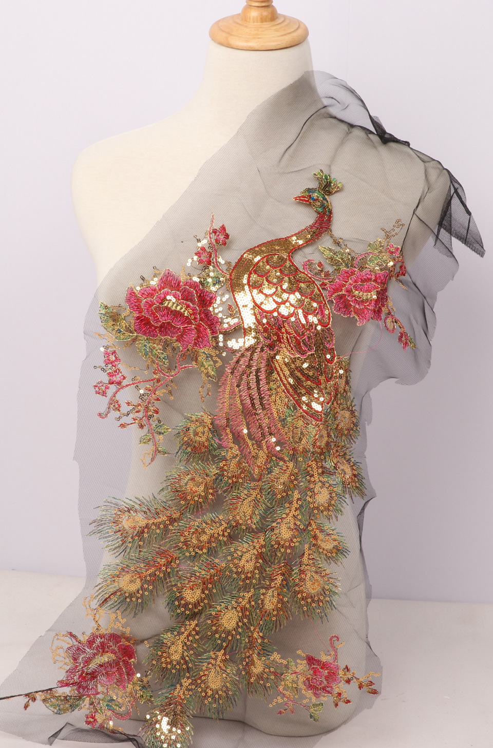 3D Applique Lace Embroidery Good Quality Embroidery Embroidered Green Peacock Applique Flowers