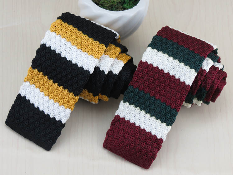new color red, green and white horizontal stripes design more fashion flat yarn tie han edition tide male narrow handsome tie