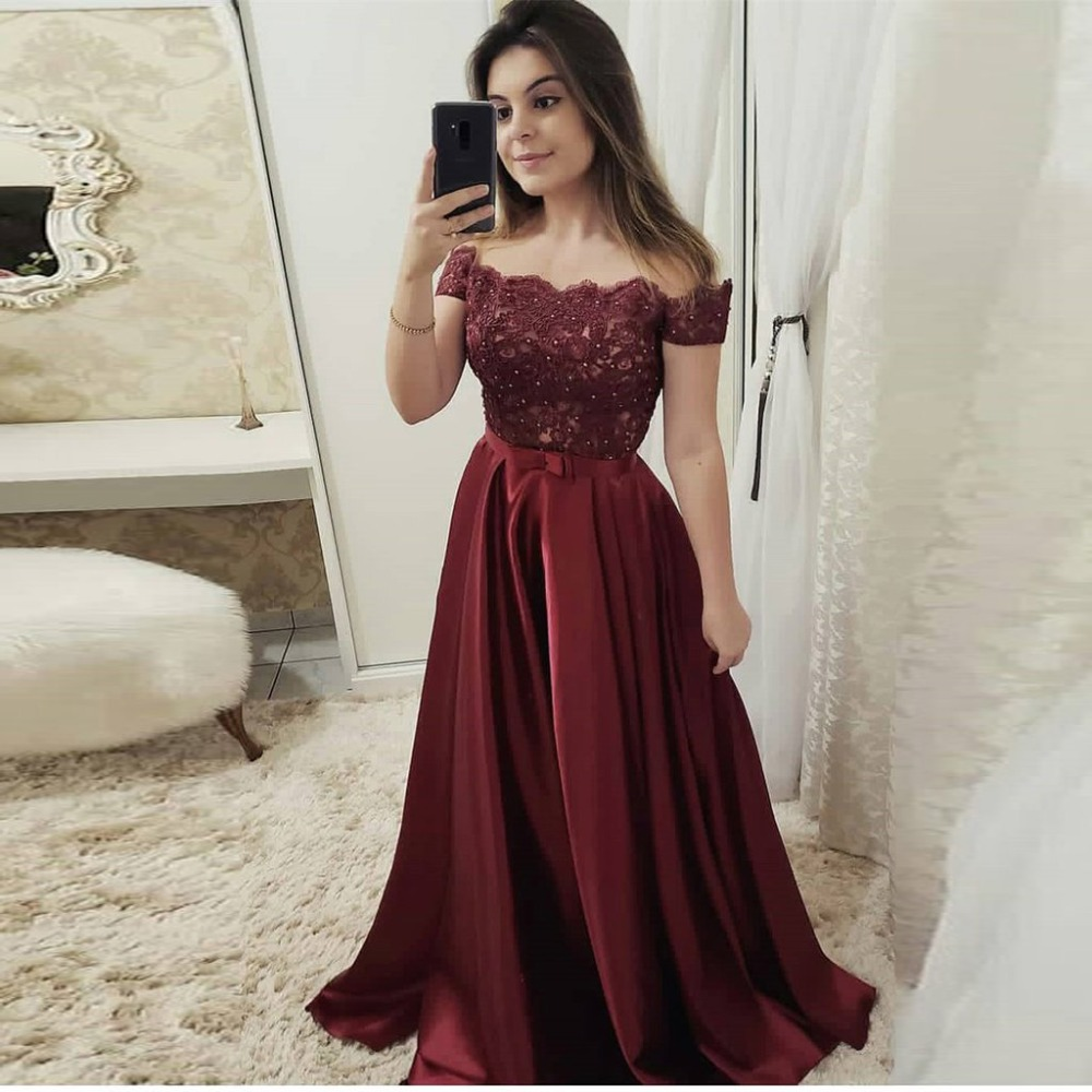 2019 Off The Shoulder Elegant   Prom     Dress   Burgundy Formal Evening Gown With Lace Appliques Bodice Long   Dress