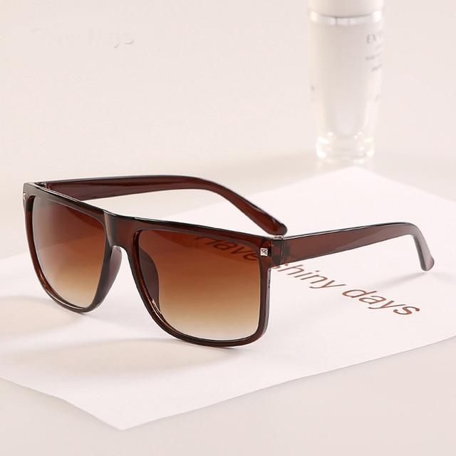 DIGUYAO Vintage Square Frame Rivet Sunglasses