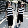 Детская одежда девушки брюки устанавливает лето 2017 черный белый полосатый топы футболки свободные брюки девушки одежда устанавливает детская одежда набор