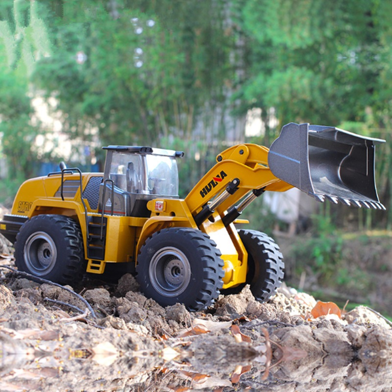 Huina 583 Big Size RC Loader Scale 1:14 RC Truck Hobby Bulldozer Alloy Truck Remote Control Toys for Boys Construction Rc Toys
