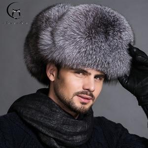 Image 1 - חם גבוהה סוף יוקרה פרווה כובע גברים של שועל פרווה כובע ליי פנג כובע אוזן כובע פרווה הכרחי כובע אמיתי פרווה כובע 100% כבש למעלה שועל כובע
