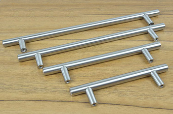 Furniture Hardware Modern Solid Stainless Steel Kitchen Cabinet Handles and Knobs Bar T Handle(C.C.:320mm L:500mm)