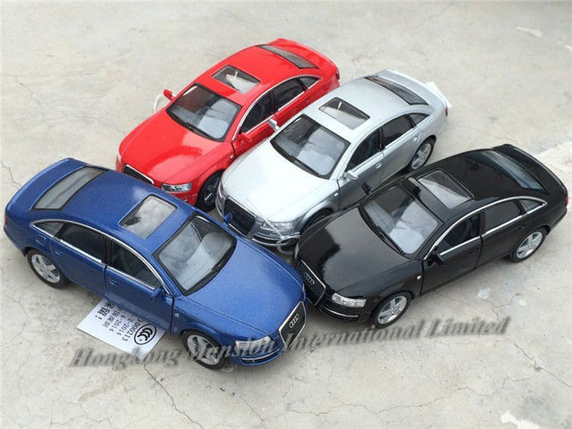 1:36 Scale Diecast Alloy Metal Car Model For Audi A6 Collectible Model Collection Pull Back Toys Car