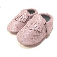 Bambino di alta Qualità Mocassini Morbida Moccs Metallic rosa Sirena Scale Cuoio Genuino Primi Camminatori Del Bambino pattini di Bambino per la ragazza