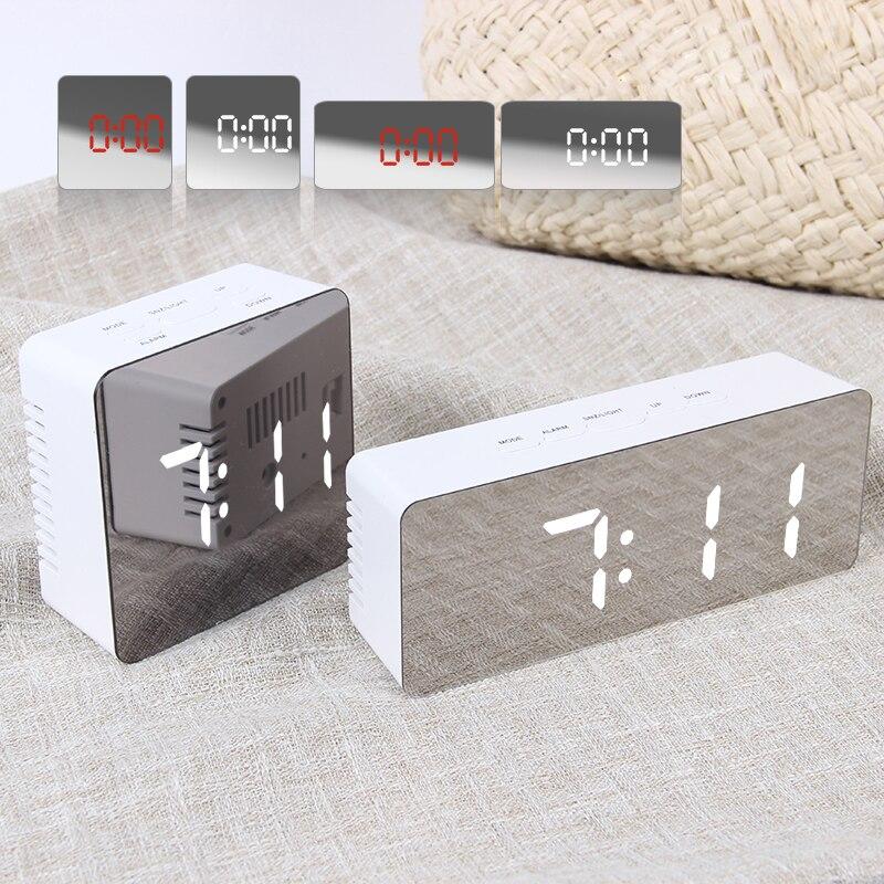 7月の歌デジタル目覚まし時計ミラーデジタル時計LEDスヌーズナイトライト温度テーブルクロックusb despertador家の装飾エレクトロニクス