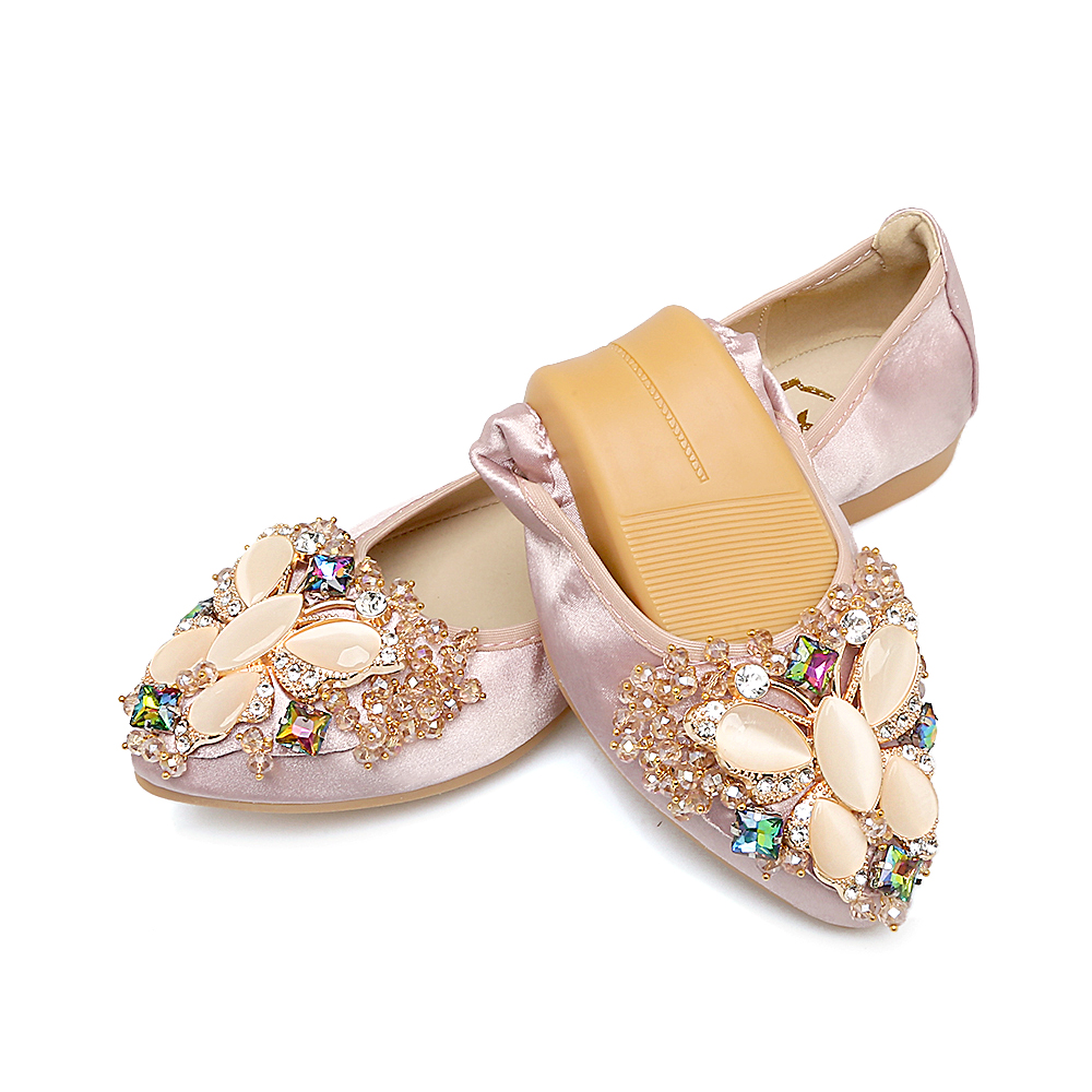 Fletiter 2018 Women Crystal Flats Shoes Fashion Casual Shoes for Women  Pointed Toe Soft Pregnant woman Rhinestone Ballet Shoes -in Women s Flats  from Shoes ... 5fd9bb027584