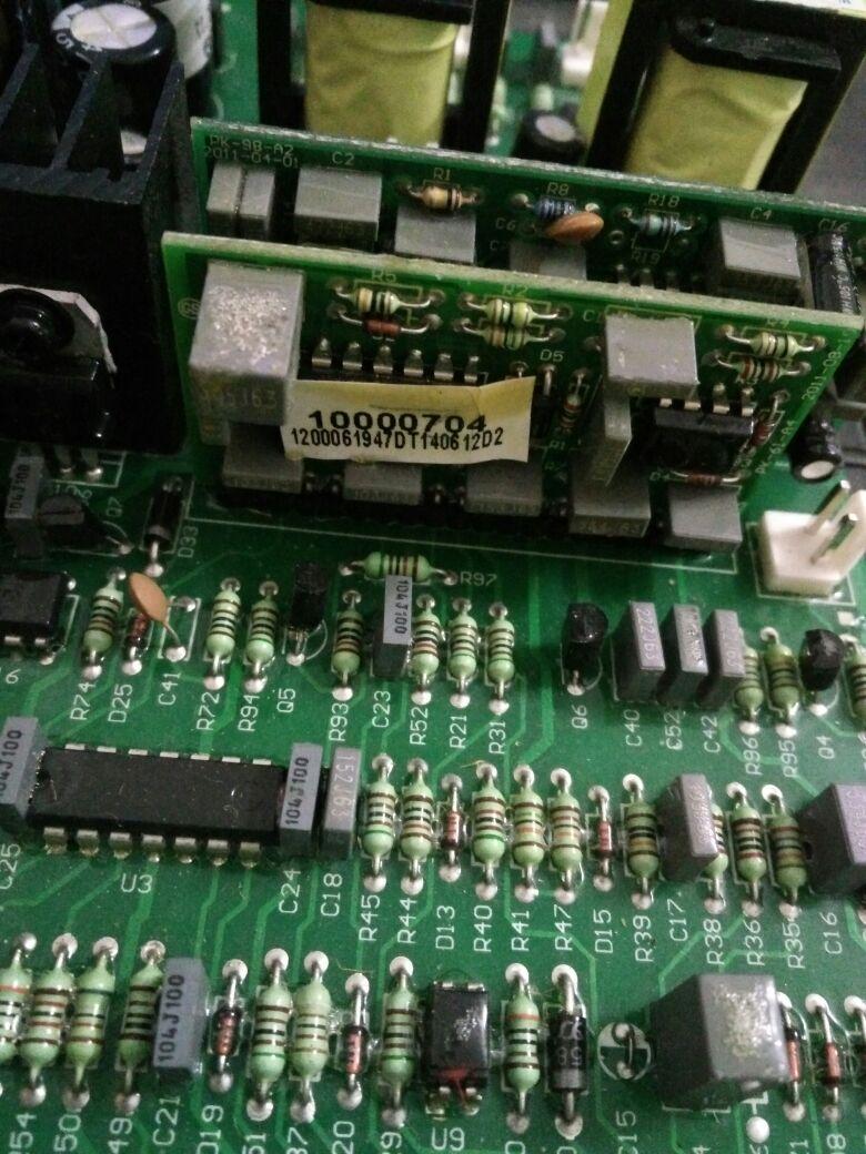 Az NBC350 / 500 IGBT fő vezérlő meghajtó panel lapja vezérli a - Hegesztő felszerelések - Fénykép 3
