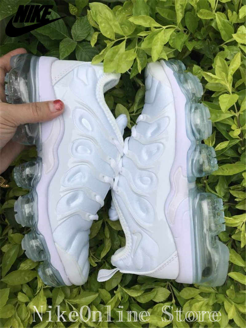 e5acd7524a ... Nike Air Max Vapormax Plus TN Men And Women Running Shoes Outdoor Sport  Cushioning Shoes Low