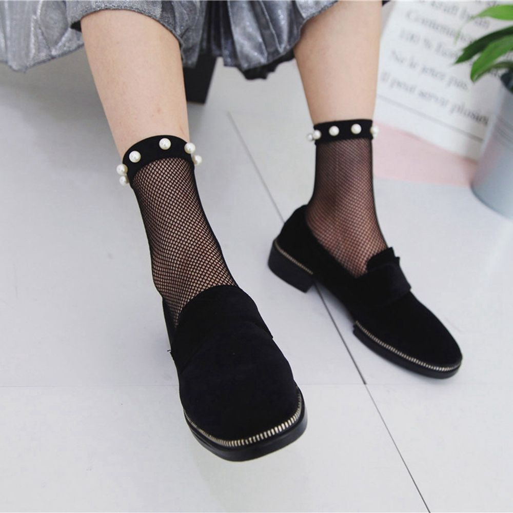 1Pair Summer Women Sexy Pearl Beads Lace Fishnet Ankle High Mesh Fish Net Short Ankle   Socks
