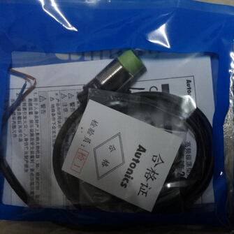 цены  2PCS/LOT  Proximity switch   PRT18-8DC  PRT18-8