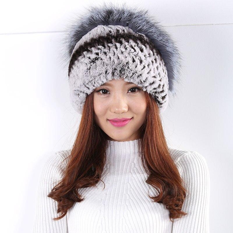 ФОТО Women Hat Winter Flowers Decoration Fur Hat Warm Fashion Wild Wool Hat Casual Fashion Generous Fur Pompom Hat New 2017