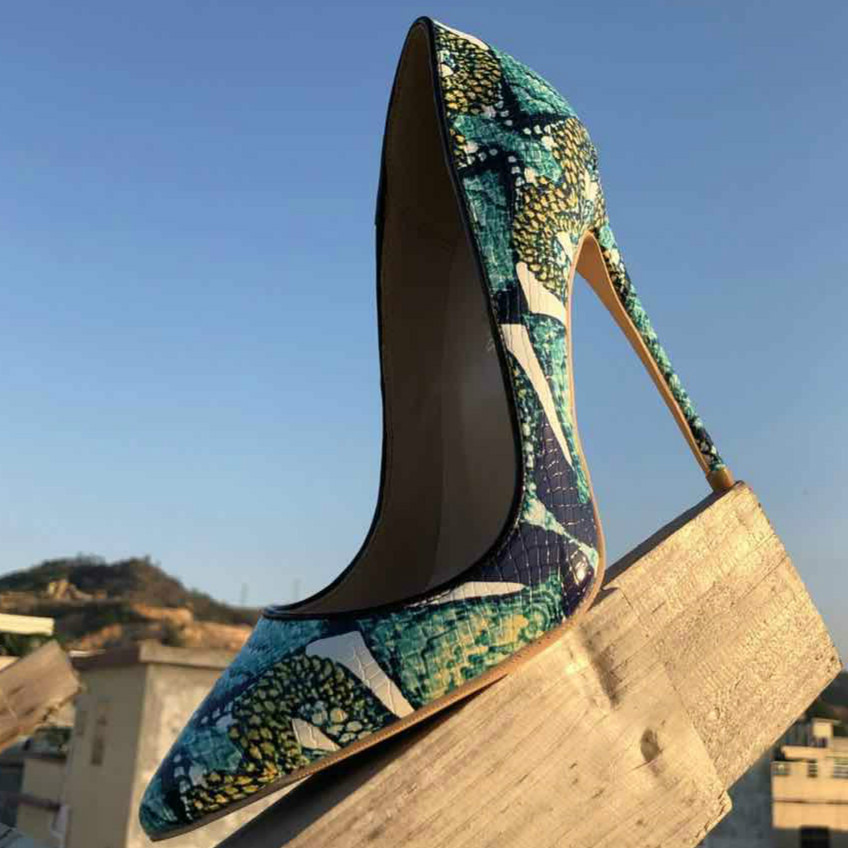 Keshangjia 2018 Spring New Brand Patent leather Sexy Super High heels 12CM Big size Fashion Shoes