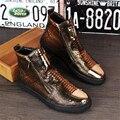 Grande de cuero de vaca zapatos EE.UU. tamaño 9 botas de diseñador de zapatos de hombre punta redonda hecha a mano negro oro plata 2017 sping altura interior con de piel