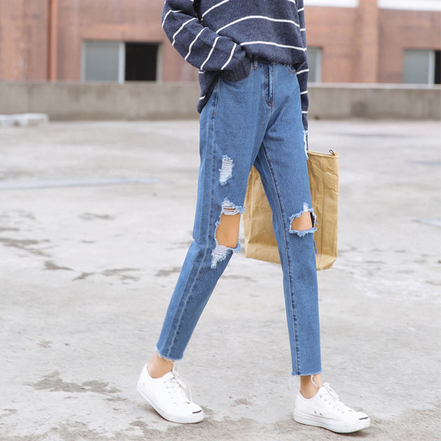0ea965a80ed0 Springnew south Korean version of the Korean version of the knee big ripped  jeans women baggy jeans with nine panty pants.