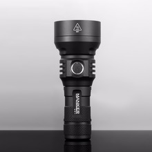 MANKER U21 1300 lumen CREE XHP35 HI LED Flashlight 700Meters Throw Powerful Searchlight Fast 2A USB Charging 18650 / 26650 Torch