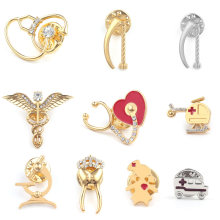 Unique Uterus Organ Brooch Women Womb Ambulance Lapel Pin Gynecology Medicine Symbol Medical Jewelry for Doctors Women(China)