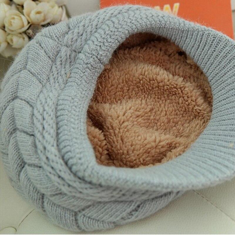 f8739dc8e6bbe Nuevo sombrero de invierno de mujer gorros de lana abrigados en el interior  sombreros tejidos para mujer gorro de piel de conejo Otoño e Invierno  sombrero ...