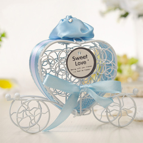 Dropshipping 1pc New Candy Boxes Romantic Carriage Sweets Chocolate Box Wedding Party Favors Pakistan