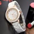 Mulheres Relógio de cerâmica Branca Pulseira de Ouro Top Marca de Moda de Luxo Vestido Relógio de Pulso Pulseira Relógios Senhoras de Cristal À Prova D' Água