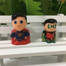 New arrival  100pcs/lot marvel cartoon star super man 2.5-3cm action figures  random mixed