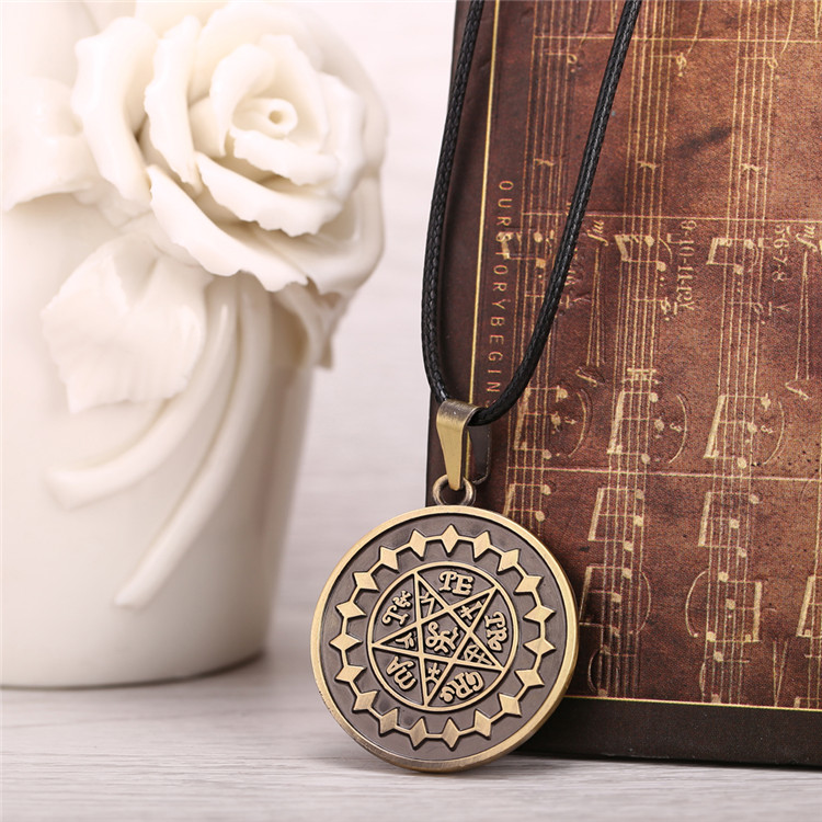 Movie jewelry 2015 Hot Anime Black Butler Alloy plating necklace Bronze Stars jewelry one piece ship necklace Anime pendant