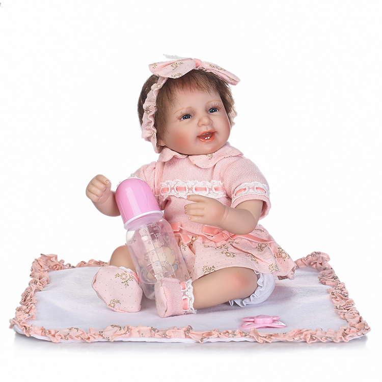 18 bebe gift doll reborn Silicone Reborn babies With Cotton Body Dressed in Nice Sweater Lifelike newborn babies girls toys платья dressed in green платье
