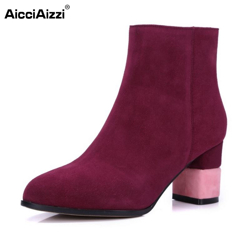 Women Half Short Genuine Leather Boots Woman New Design Square Heel Round Toe Bota Fashion Zipper Heeled Shoes Size 34-39 brand new woman real genuine leather square heel half short boots women retro square toe heeled shoes footwear size 34 39 n00178