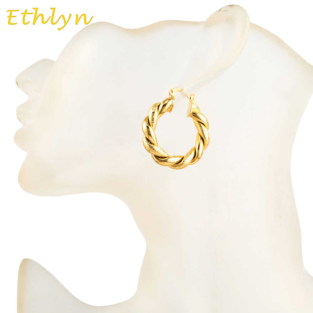 Detail Feedback Questions about Ethlyn African Earrings Gold