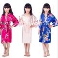 Verão de Alta qualidade Crianças De Cetim Kimono Robes de Dama de honra Da Menina de Flor Vestido de Seda Quimono roupão Camisola das crianças 010611