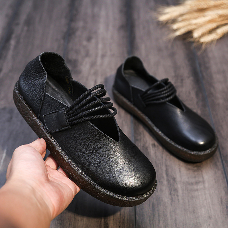 2017 New Handmade Genuine Leather Slip on Loafers Women Flats Autumn Shoes Vintage Classic Soft Comfortable Mama Shoes vintage embroidery women flats chinese floral canvas embroidered shoes national old beijing cloth single dance soft flats