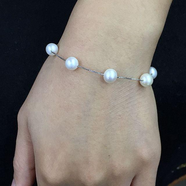 Romântico estrelado intervalo pulseira de design branco cor cerca de 7 mm 100% natural cultivadas pérolas de água doce 925 corrente de prata