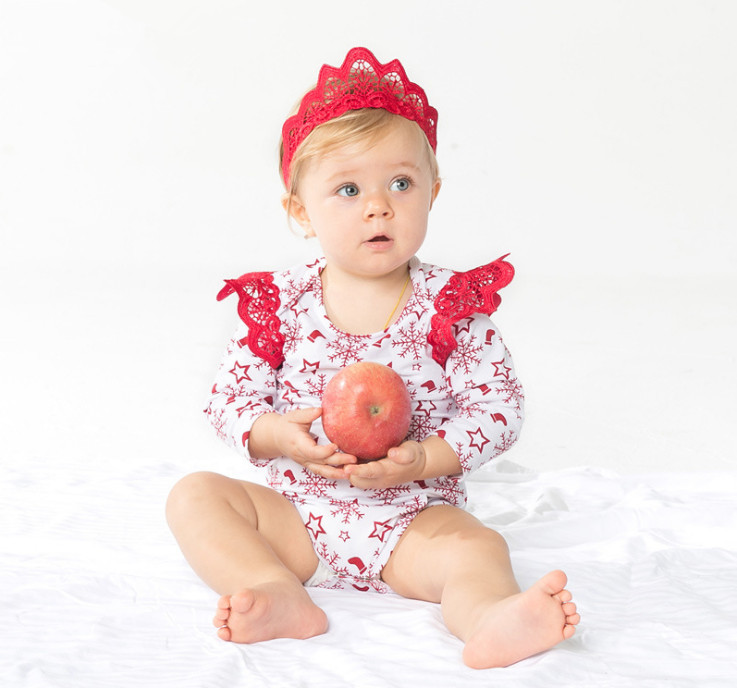 Cute Snowflake Print Baby Bodysuits Red Crown Headbands 2 piece Clothing Set Toddler Girl Jumpsuits Christmas Party Gift - shuang wang's store
