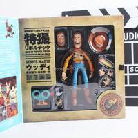 Dos desenhos animados Toy Story Woody Series NO. 010 Sci - Fi Revoltech PVC especial Action Figure Toy Collectible