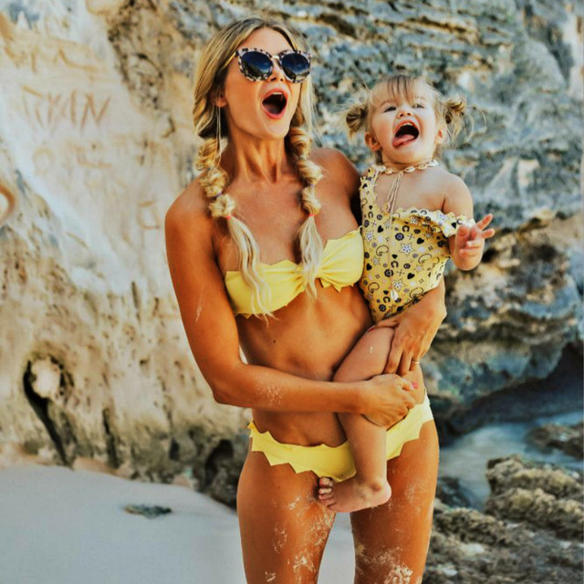 8b67b28c455f0 Mother Daughter Swimsuits 2019 Summer Family Matching Print Swimwear Sets  Mom And Daughter Beach Sexy Bikini Clothes Holiday