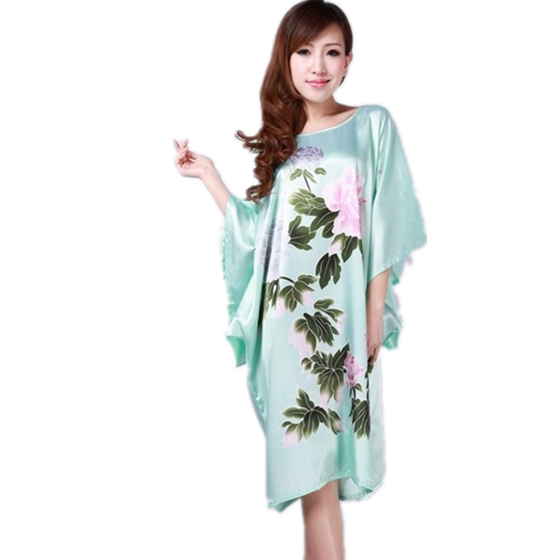 Light Blue Ladies Robe Summer Pajamas Chinese Women Rayon Sleepwear Kimono Bath Gown Nightgown Kaftan Yukata One Size M08