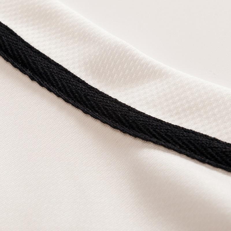 Camiseta blanca 3D calavera 10