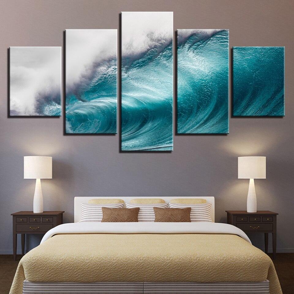 Постер для спальни в холодных тонах