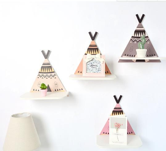 TeePee Hanging Wooden Shelf