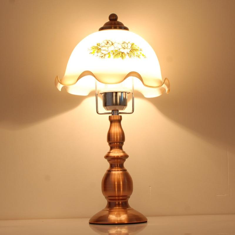 Модные Винтажные настольная лампа спальня ночники моды деревенский затемнения лампы классический ностальгические
