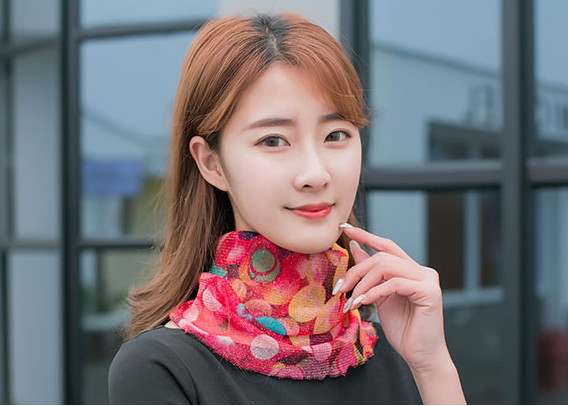 Variety Summer Bib Thin Section Goddess Multi-function Female Head Scarf Silk Sunscreen Travel Bib Versatile Protective Small Co