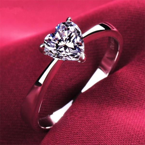 Lovely 1Carat Heart Shape Diamond Women Ring Solid Sterling Silver White Gold Finish Best Women Body