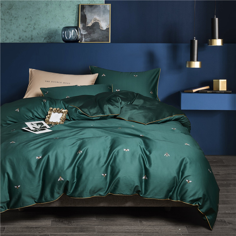 2018 luxury Bee printing Duvet Cover flat bed Sheets +Pillowcase Super Queen Size Egyptian cotton Bedding Set2018 luxury Bee printing Duvet Cover flat bed Sheets +Pillowcase Super Queen Size Egyptian cotton Bedding Set